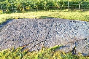 Felszeichnungen mit Ringmarken am Lochgilphead