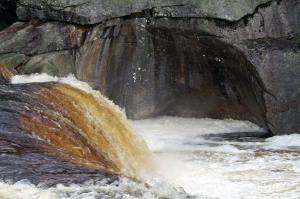unbändige Kraft des Wassers 2