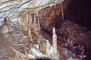 Tropfsteinhöhle 1