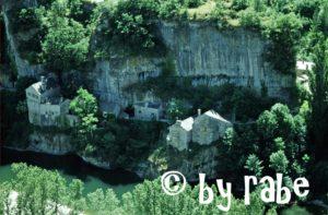 Das Dörfchen Castelbouc am Tarn